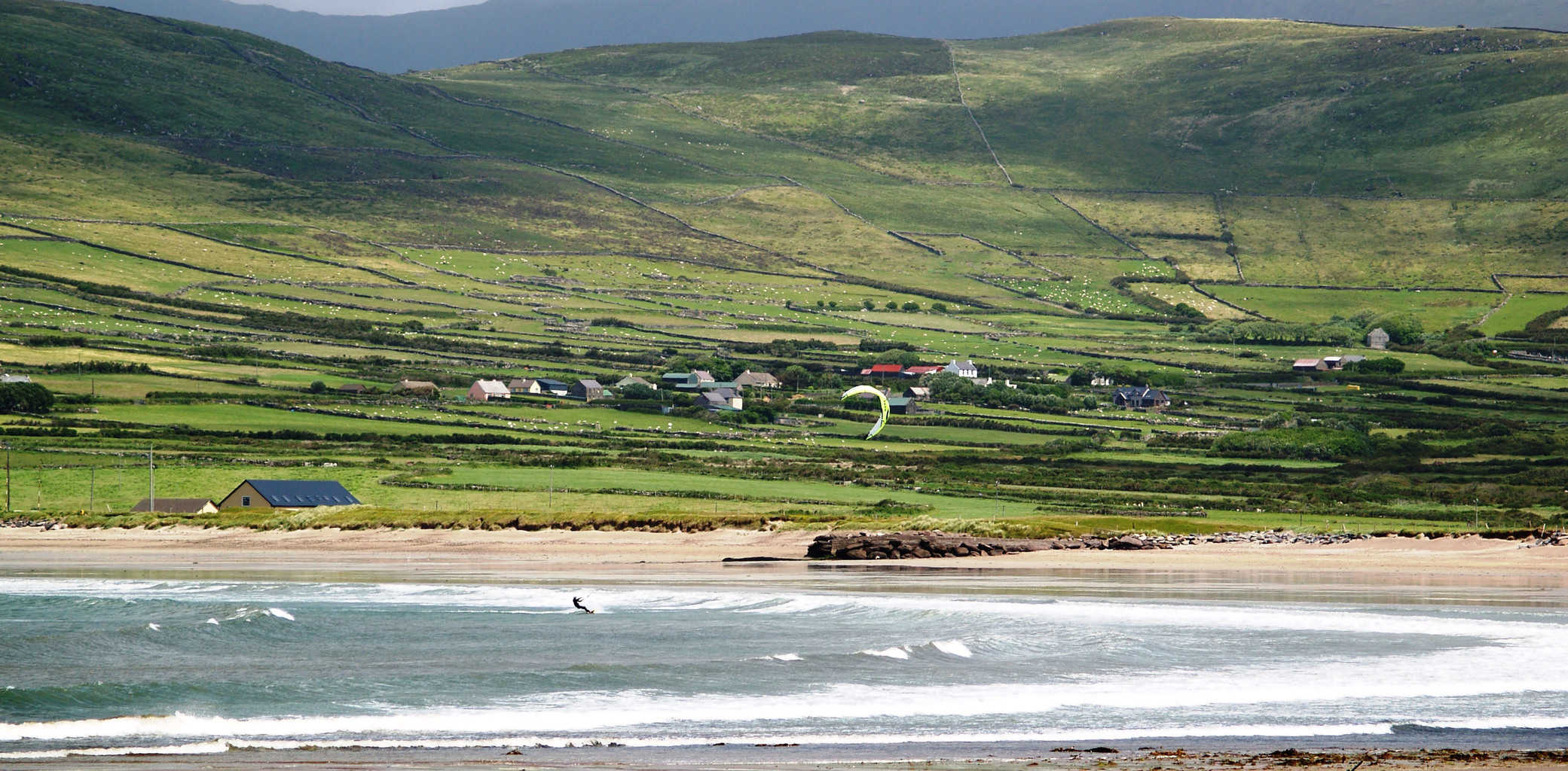 THE BEST KITE SURFING SPOTS IN IRELAND